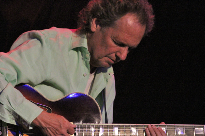 Lee Ritenour Photo by: Miles Overn copyright 2010